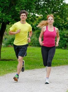 stay fit while traveling featured